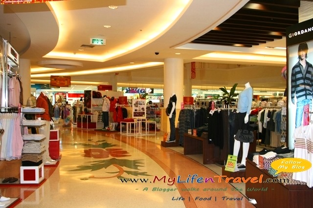 Jungceylon shopping mall 68