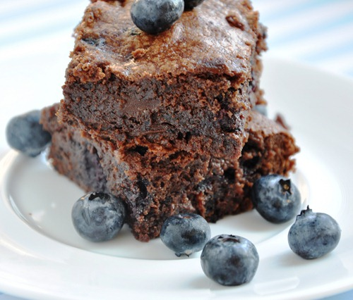 blueberry brownies 058