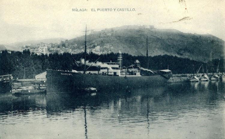 El vapor SUAREZ Nº 1 en el puerto de Málaga. POSTAL.JPG