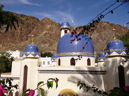 44. Moschee intr-un cartier din Muscat.JPG