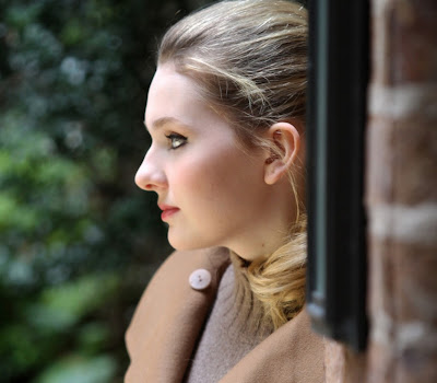 glorious Abigail breslin winter photoshoot