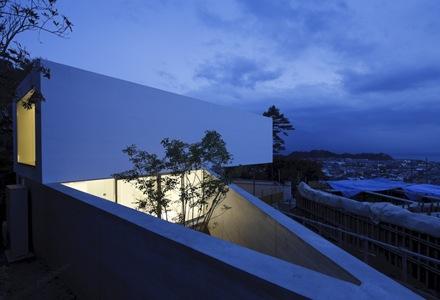 le-49-apollo-architects-associates