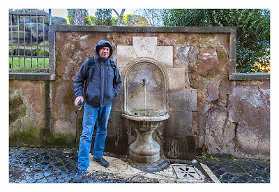 Rom: Geocaching bei den alten Römern: Antiker Brunnen