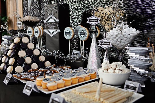 modern-holiday-party-041-640x426