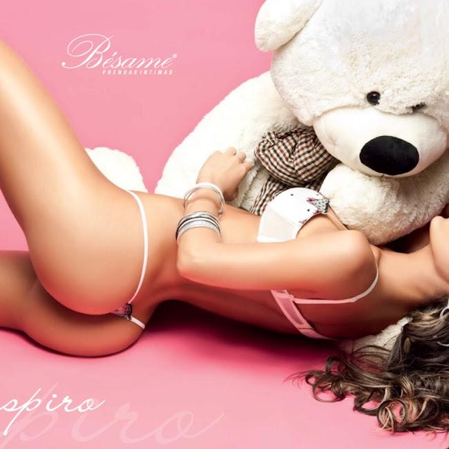 Natalia Velez Sexy Lenceria Besame Foto 37