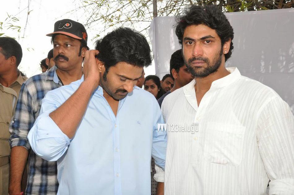 Prabhas Fans Forever: Prabhas Pay Homage To Ramanaidu(19/02/2015)