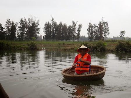 14. Barca de bambus.JPG