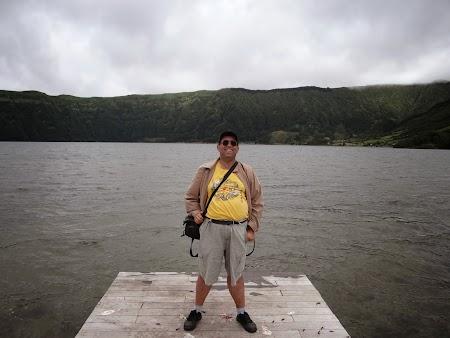 13. Pe malul lacului albastru.JPG