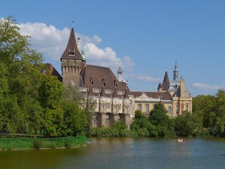 Palatul Huniazilor de la Budapesta