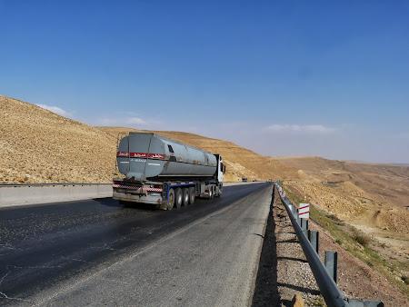 Transport Iordania:  Soseaua spre Aqaba