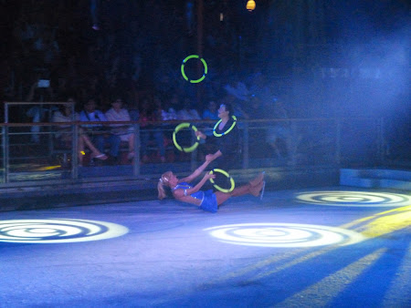 Croziera pe Mediterana: Spectacol patinaj pe vas croaziera