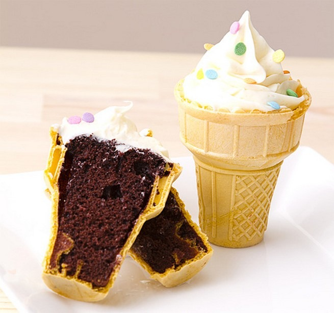 cup cakes in ice cream