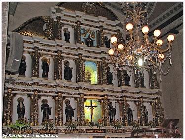 Алтарь базилики ST Nino. Филиппины. Фото Курчиной Л. www.timeteka.ru