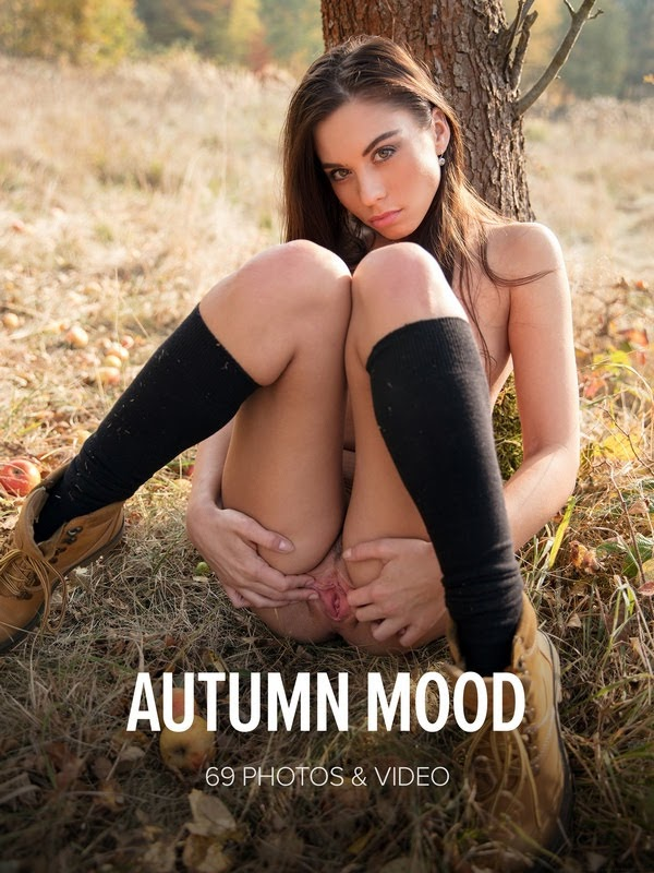 [Watch4Beauty] Sabrisse - Autumn Mood - Girlsdelta