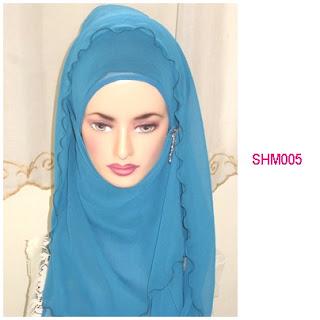 shawl halfmoon plain biru