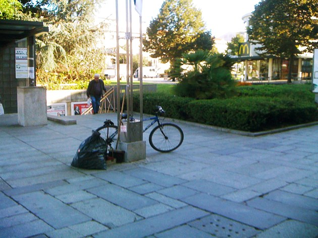 Estacionamento bici 027
