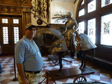 Muzeu Romania: cavaler la Peles Sinaia