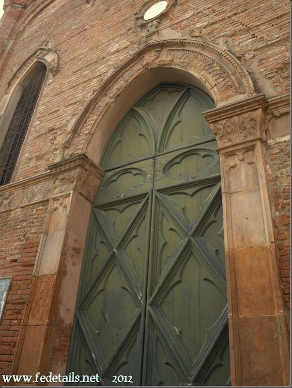 Chiesa Sant'Antonio Abate ( portone ) , Ferrara, Emiliaromagna, Italia - Saint Anthony Church (main entrance), Ferrara, Emilia Romagna, Italy - Proprty an Copyright of www.fedetails.net