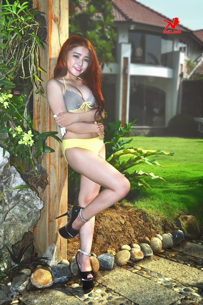 oc-papy-bikini-04.jpg