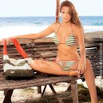 Laura Acuña En Vestidos De Baño Chamela [2010] Foto 10