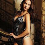 Barbara Palvin Sexy Fotos Lencería Victoria's Secret Foto 2
