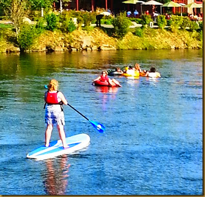 river with paddleboarders2