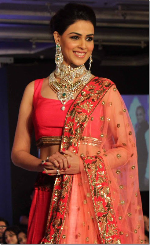 Genelia walks the ramp for HVK Jewels Fashion Show Photos
