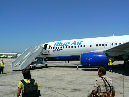 2. Blue Air la Larnaca.JPG