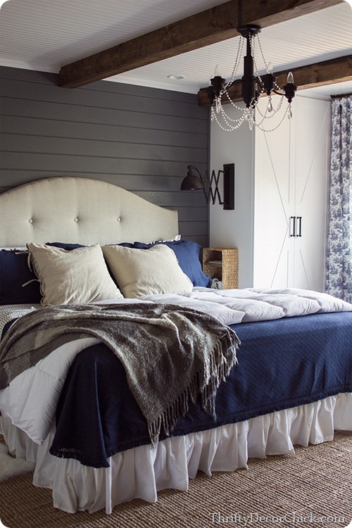 rustic bedroom planked walls