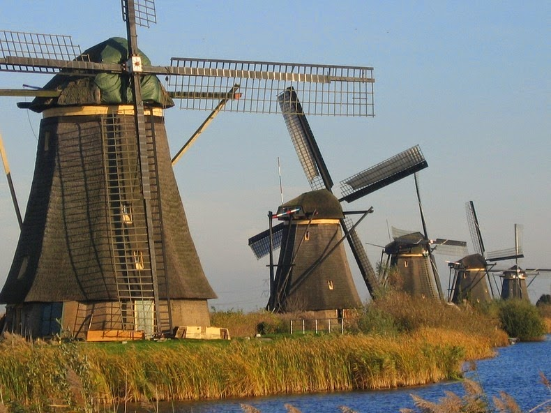 windmills-of-kinderdijk-6