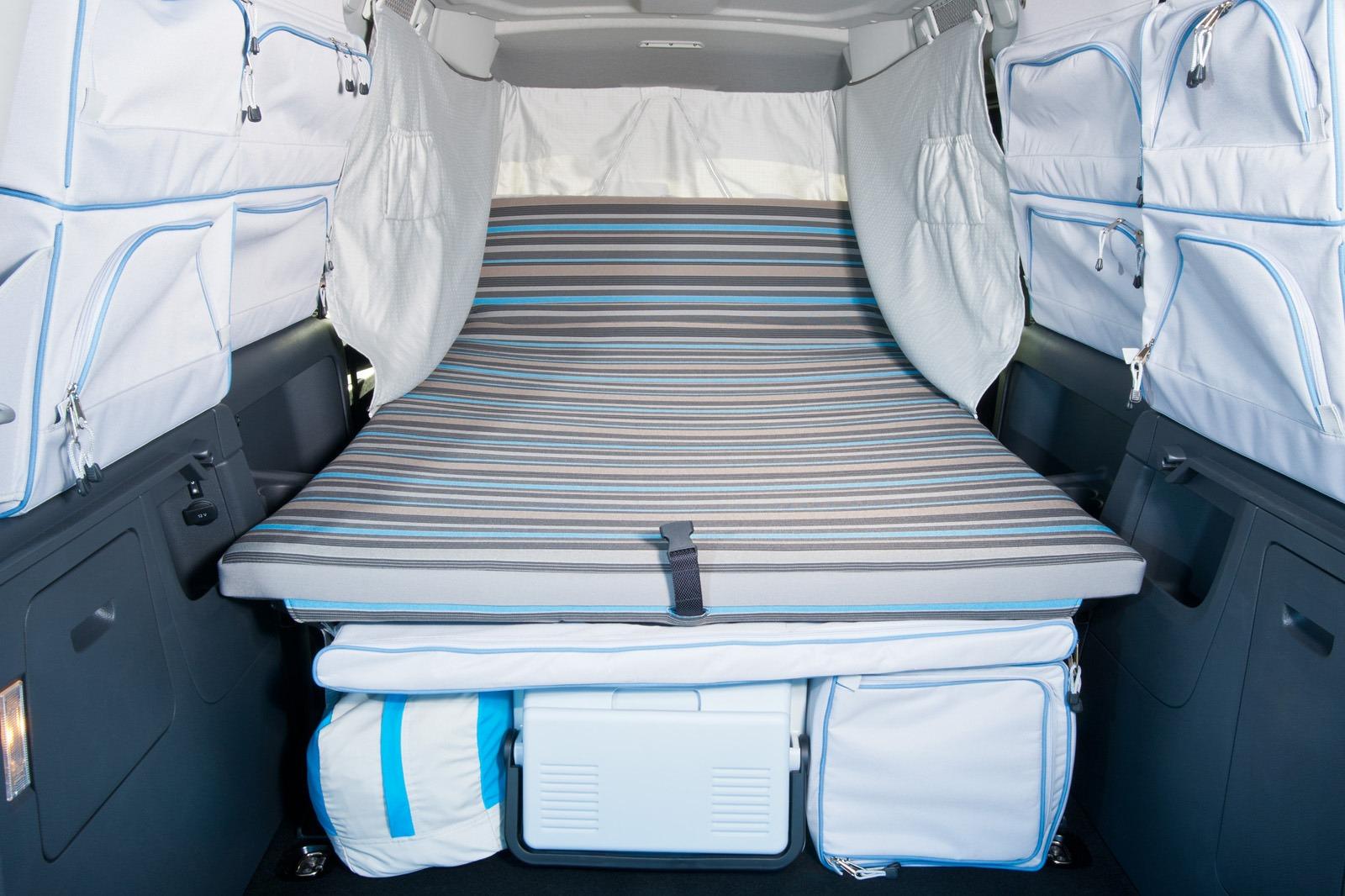 volkswagen caddy maxi camper is the camping van for the masses carscoop. Black Bedroom Furniture Sets. Home Design Ideas