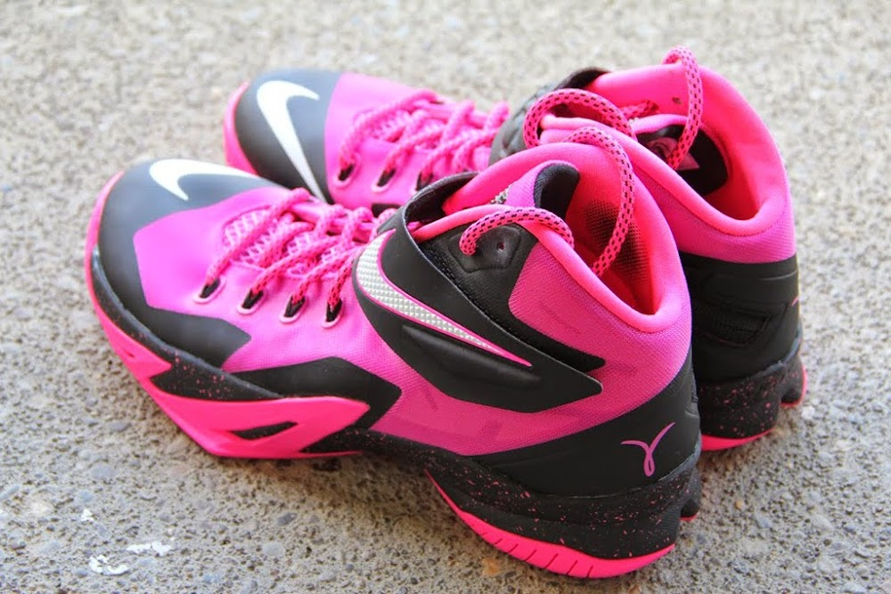 a824002ca5d5 ... 8220Think Pink8221 Nike Zoom Soldier 8 Set to Release on September 20th  ...