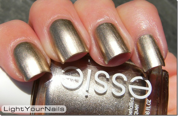 Essie Metallics Good As Gold