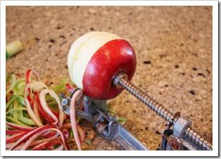 apple peeler corer slicer 2 (800x533)