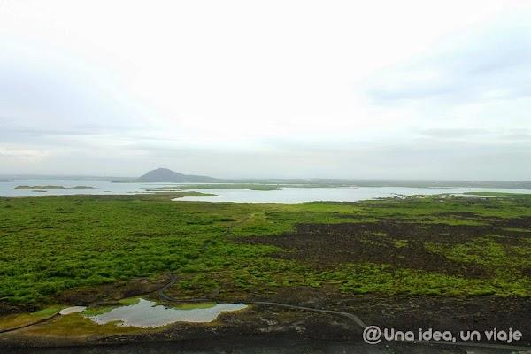 Hverfel-crater-Islandia-1.jpg