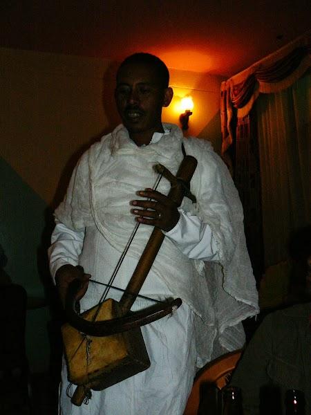 23. Cantaret etiopian.JPG