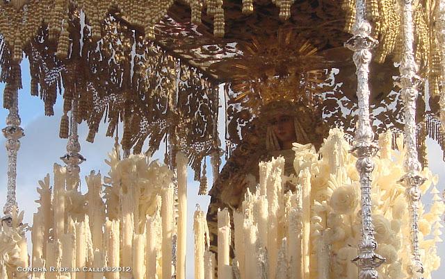 La Esperanza de Triana en la Capilla del Carmen 2012 (2).jpg