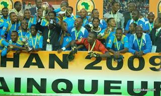 Les léopards locaux vainqueurs de la première édition du CHAN (8 mars 2009, Abidjan)