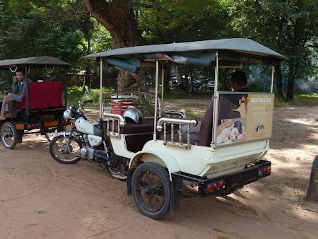 Transport Cambogia: tuk tuk Angkor Wat