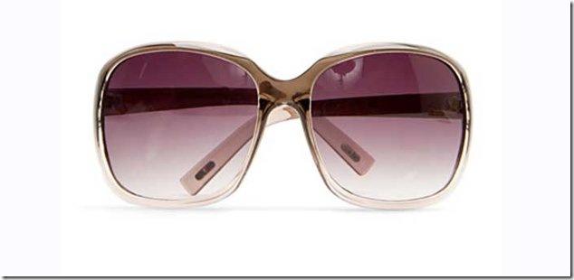 e9d874d84 نقاط مهمة يجب مراعاتها عند شراء نظارة شمس جديدة:
