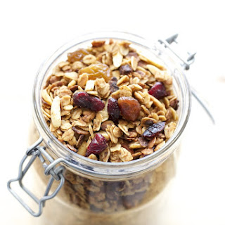 Homemade Slow Cooker Granola
