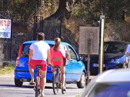 03. Pe bicicleta in Corfu.JPG