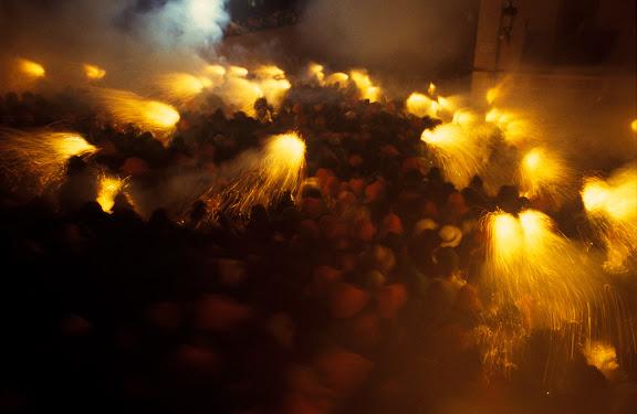 La Patum, salt de Plens. Declarada Patrimoni de la HumanitatBerga, Berguedà, Barcelona