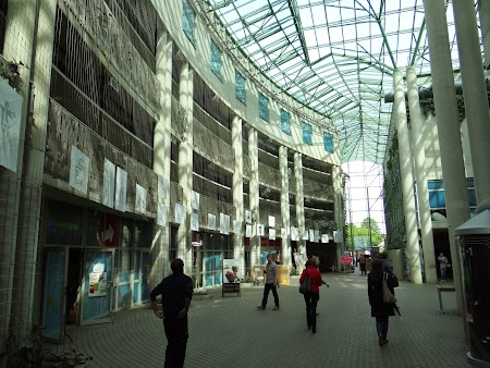 08. Biblioteca Universitatii din Varsovia.JPG