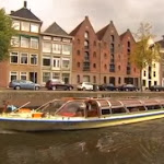 Canalcruise in the town of Groningen for all ages