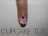 http://dance-with-the-sun.blogspot.de/2012/07/nail-desgincupcakes.html