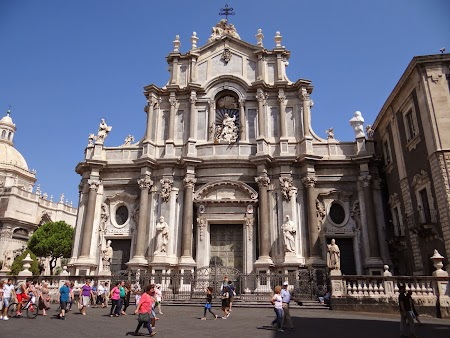 06. Catedrala din Catania.JPG