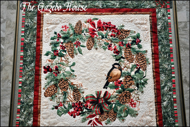 Chicadee quilted wallhanging 011
