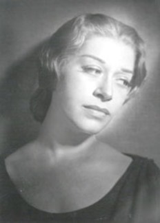 Regina Resnik as Sieglinde in Wagner's DIE WALKÜRE at the Bayreuther Festspiele, 1953 [Photo uncredited]