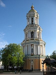 Kievo-Pecherska_Lavra_Belltower